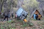 вечерний лагерь у домика