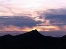 закат за горой Маврикошка