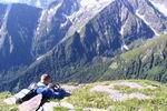 на фоне отрогов горы Джемарук